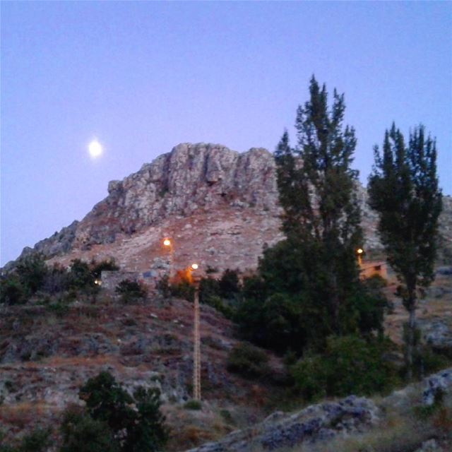 tanourin  camping  lebanon  livelovelebanon  moonlight ...