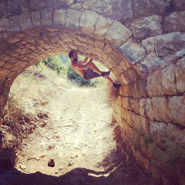 Some monkeying around 🐒 kfarhelda batroun lebanon mountains climbing ... (Kfarhilda, North)