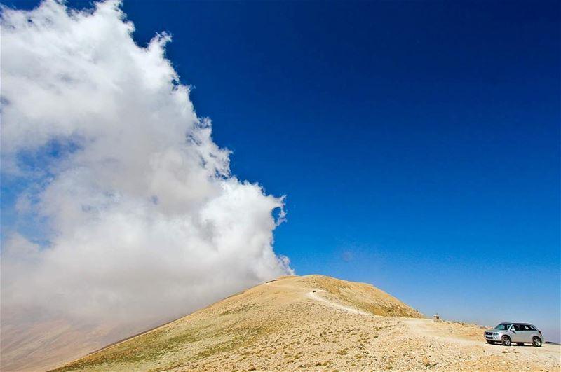 Sky meets Earth ⛰..... view sky saraheidphotography clouds ... (القرنة السودة)