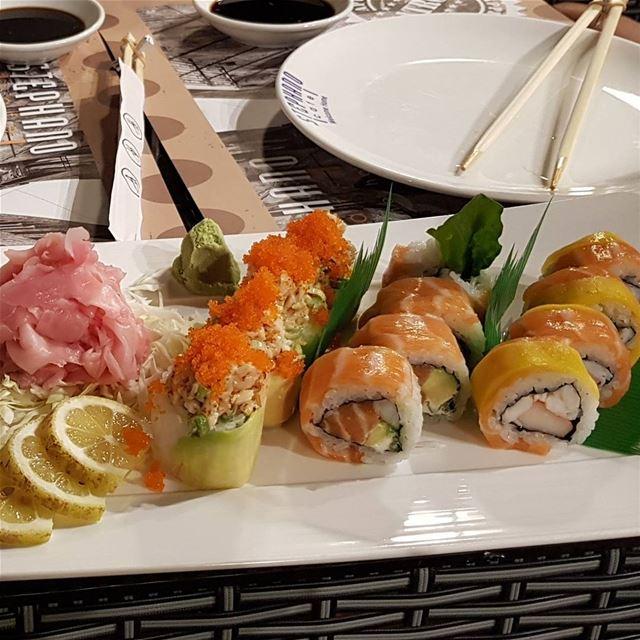 batroun @stephanocafe stephano cafe sushi foodlover foodinlebanon ... (Batroûn)