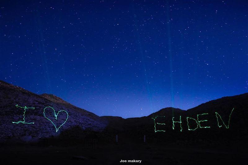 I ❤️ EHDEN ehden ehdenspirit laser lightpainting sky stars ...