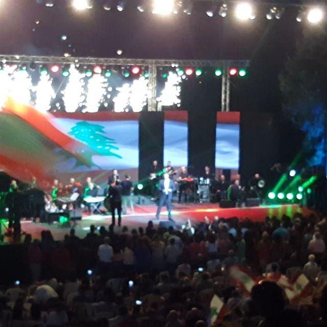 mininorthlebanon fareskaram livelovelebanon concert فارس_كرم الجيش_ال (KarmSaddeh Summer Festivals)