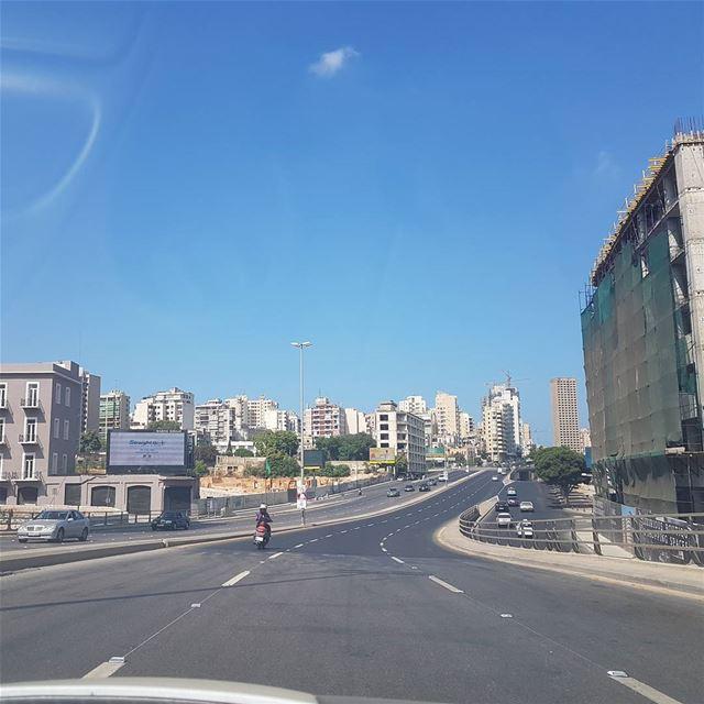 Morning like this😁🇱🇧🇱🇧 goodmorninglebanon goodvibes notraffic ... (Beirut, Lebanon)