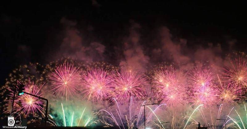 fireinthehole fireworks firework fireworkshow fireworksshow colorfull... (Beirut, Lebanon)