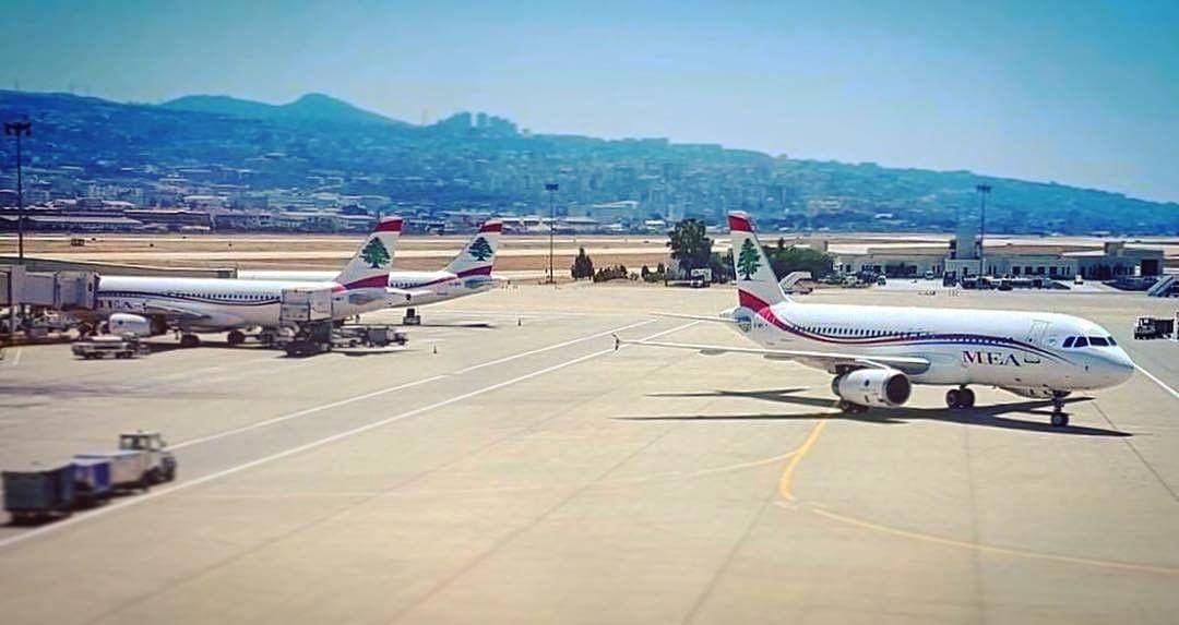 A Flock of Seagulls salt waiting leavingonajetplane lebanese aviation... (Beirut, Lebanon)