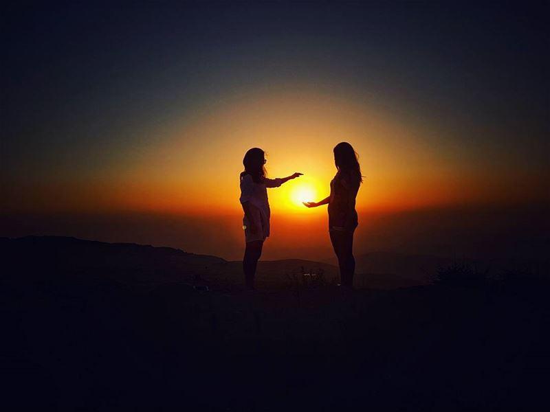 ...guess who are these beautiful girls catching the sun 🌅... (Qanat Bakish, Mont-Liban, Lebanon)