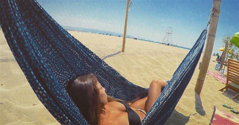 How to Bea{t}ch monday 👙🙆🤗🍩🍦🍒🍓🐠.... mondayblues beach sun ... (Tyre, Lebanon)