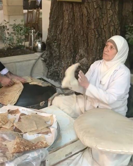 O Líbano é muito leal às tradições, e ainda é possível encontrar lugares... (Mhana Wadi Zahle)