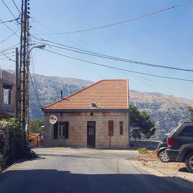 I'm looking for my other half ?!... oldarchitecture  house  summer ... (Baskinta, Lebanon)