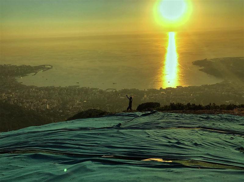 Arites... (Lebanon Paragliding)