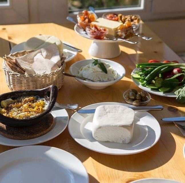 "Who said brunch is only for the weekend?... At Tawlet Beit El Qamar, ""A la..."
