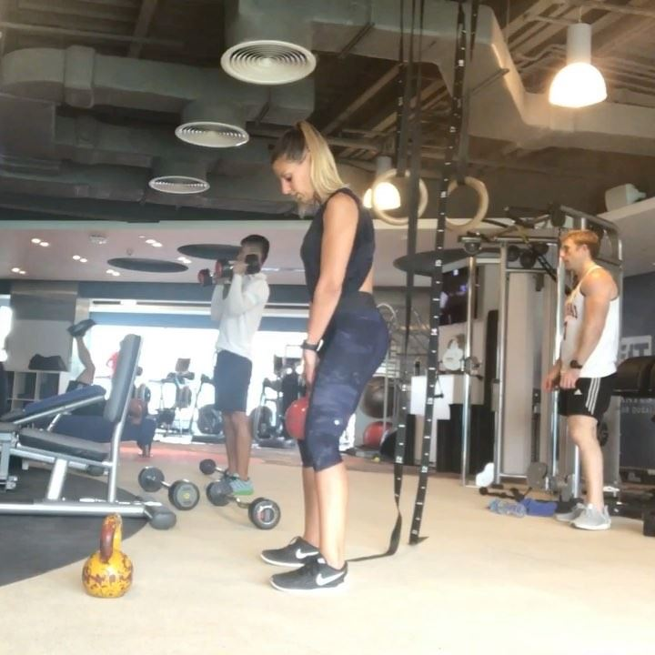 Part one of a kettlebell workout I did before going away, only the first... (Dubai, United Arab Emirates)