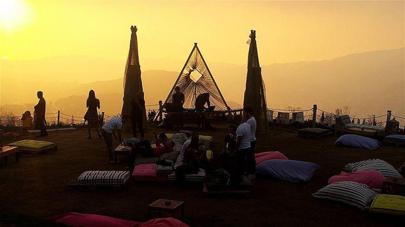 A glimpse of sun and a lot of booz 🍸 sunset livelovemzaar lebanontimes... (ODIN Mzaar Kfardebian)