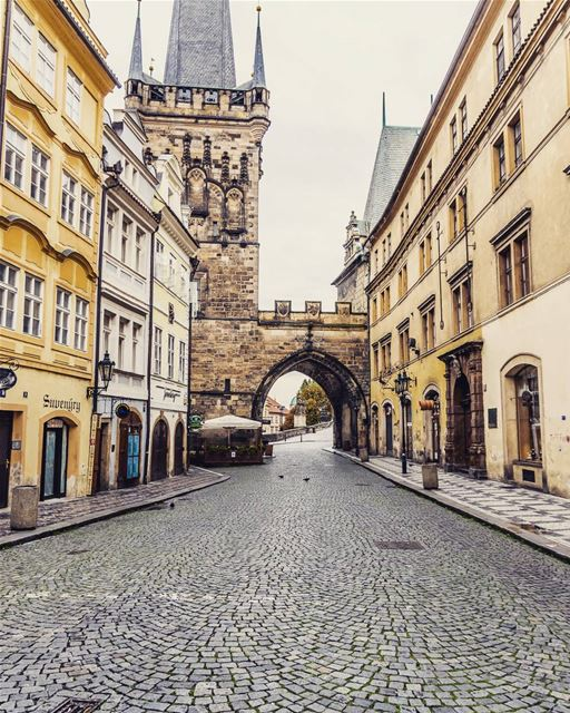 Location: Prague, Czechia Date: 09-2017 Instagram : @jadmakarem ... (Charles Bridge Prague)