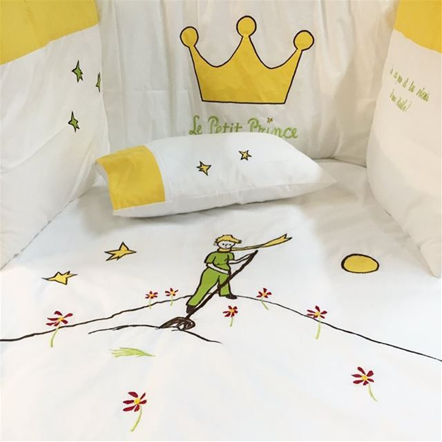 Le petit prince 👑 Write it on fabric by nid d'abeille  lepetitprince ...