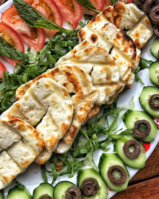 Good Morning ☀️😘 One of my favourite breakfasts: Grilled Halloumi with...