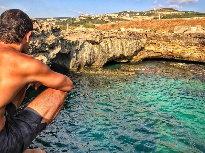 Hanging out in my element at one of my favorite spots to swim 💦 I've been... (Batroûn)