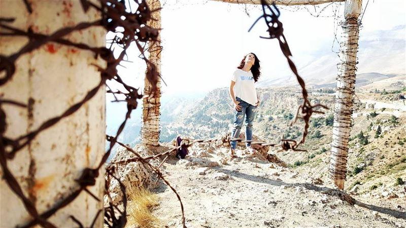هونيك... فوق... 🙏 ___________________________________ ohgod mygod ... (Bcharre El Arez بشري الأرز)
