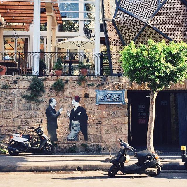 •الدنيا هيك• lebanon livelovebeirut exklusive_shot liveauthentic ... (El denye heik الدنيا هيك)