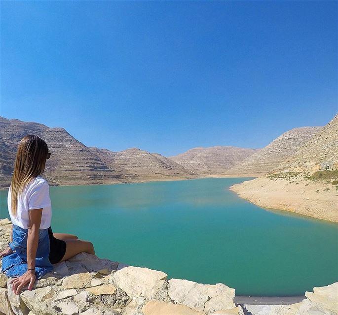 Life is simple, just add water 💧 bythelake chabrouh chabrouhdam faraya... (Faraya Sed Chabrouh)