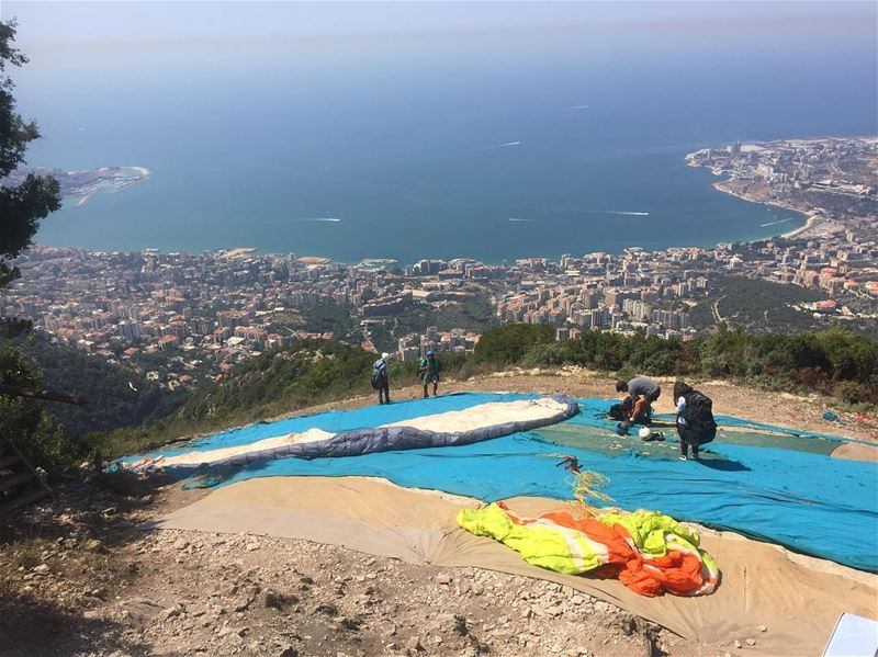 beautiful bay view paragliding paragliders beautifulview jounieh ... (Ghosta, Mont-Liban, Lebanon)