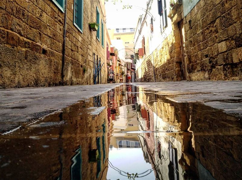 reflection tyre lebanon old public perspective summer photography ... (Tyre, Lebanon)