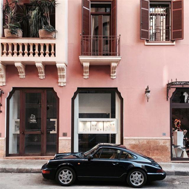 Hey Porshaaaa 💕 Beirut architecture strideby iamatraveler shotoniphone.... (Beirut, Lebanon)