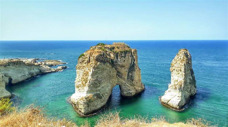 raouche beirut lebanon kalawounphoto monbeauliban thebestinlebanon � (Lebanon)