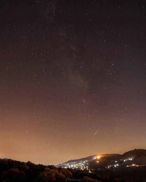 Shine in dark places @livelovemarjeyoun (Marjayoûn, Al Janub, Lebanon)