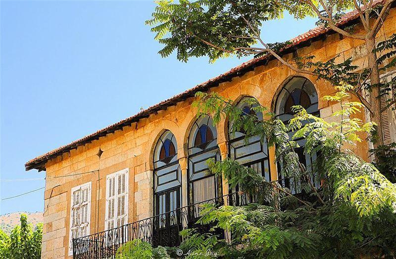 💚🏡معاصر الشوف maaseralchouf maaserelshouf chouf houses ... (Chouf)