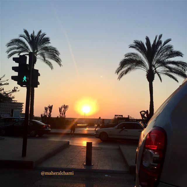 sunset 🌞 while driving . . zaytounabay sunset sunsetlovers لبنان بير (Zaitunay Bay)