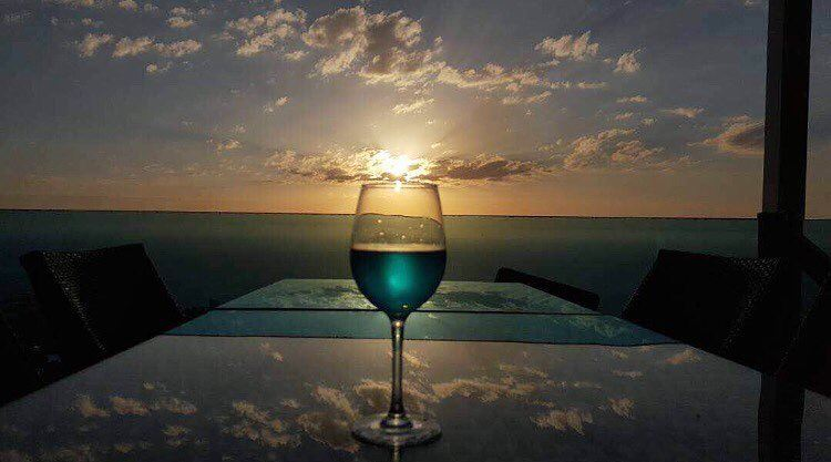 Blue Haze 💙📷@joannarhayem Reflections  SapphireSky  BeautifulSunsets.... (The Terrace - Restaurant & Bar Lounge)