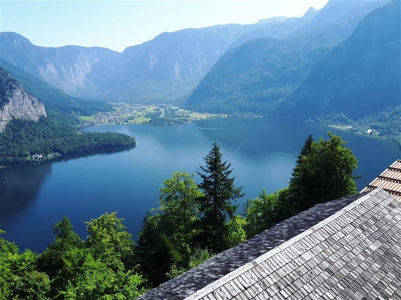 Paradise hallstatt lake perfect town austria liveloveaustria ... (Hallstatt, Austria)