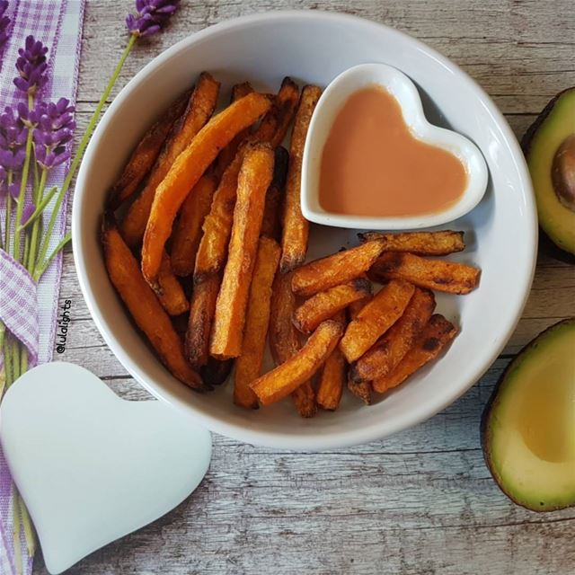 🍟Baked Sweet Potato Fries😋🍟..............🍟🍟🍟🍟🍟🍟🍟🍟 (Germany)