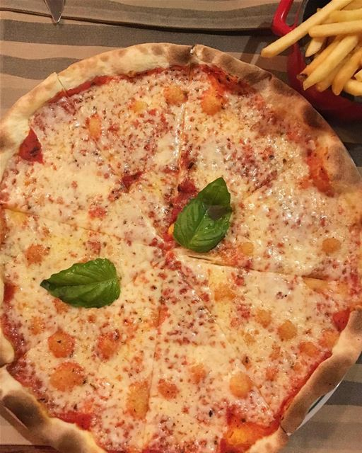 You can't buy happiness but you can buy pizza and that's kind of the same... (The Gathering Beirut)