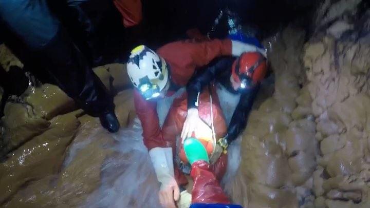 Underground world 🔦 Caving Lebanon SCL SpeleoClubDuLiban GoPro ... (Qnât, Liban-Nord, Lebanon)