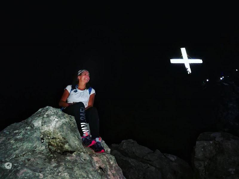 🕇🙏 cross ....... hikingadventures lebanonshots hikingaddict ... (Jabal Moûssi)