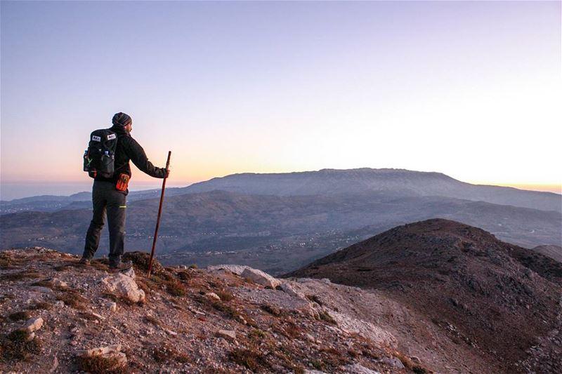 A beautiful scenery 🗻🚶🍃Sunrise 🌄 ... (My Adventures Lebanon)