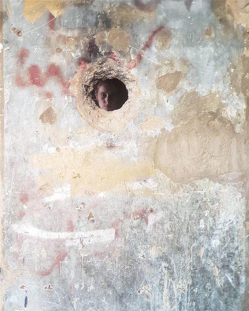 ~ Sniper Hole ~... sniper hole holeinthewall abandoned ... (Beirut, Lebanon)