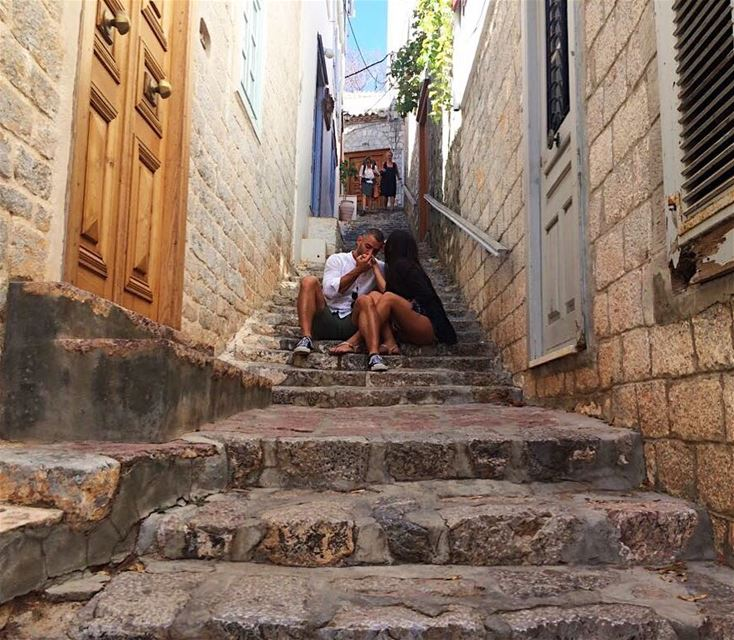Photo bombers 😒😒😋 Captured in Hydra Greece 🇬🇷 during our 3-island... (Hydra, Greece)