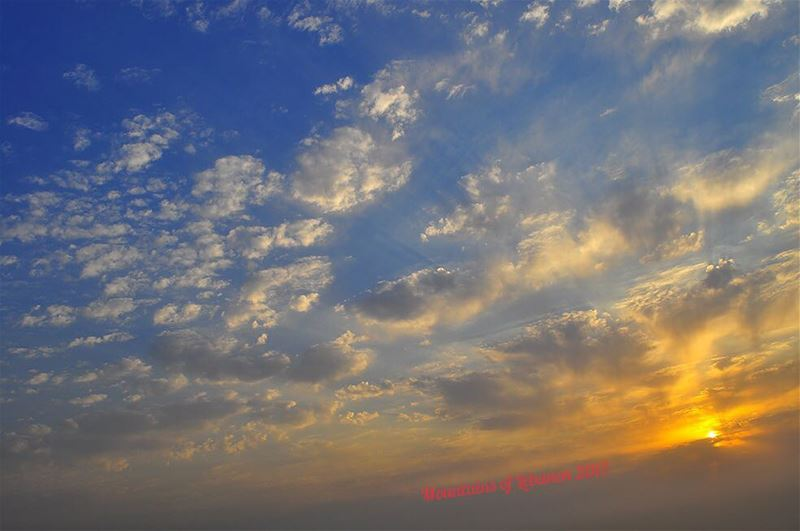 Impressionist sunset as seen from Ballouneh (à la Turner's) clouds... (Ballouneh, Mont-Liban, Lebanon)