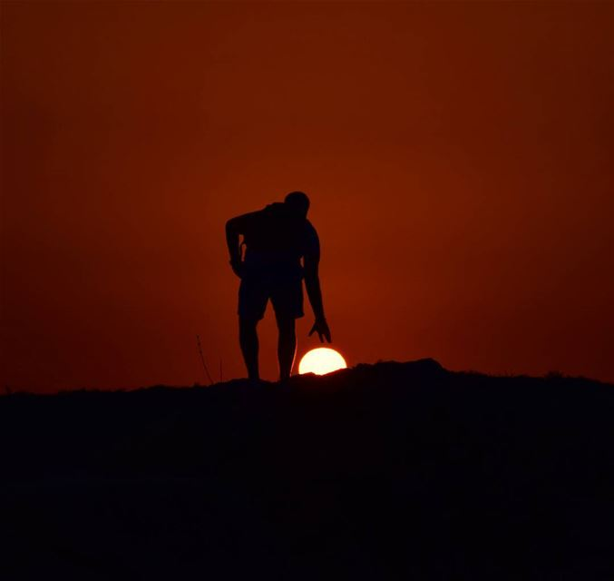 If you want to shine like a sun, first burn like a sun..!-_-_-_-_-_---_-_-