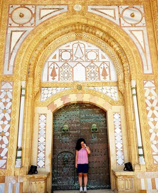 Once upon a time in a kingdom far far away in a beautiful sultan castle 🕌... (Beiteddine Palace)