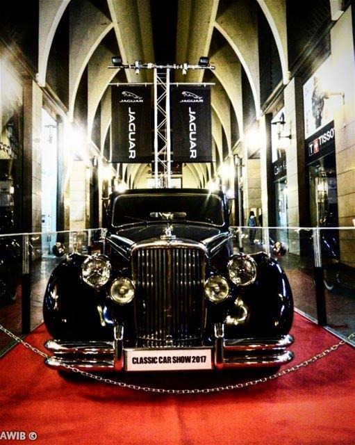 Classic car show 2017🚗 old school cars jaguar classic show ... (Beirut Souks)