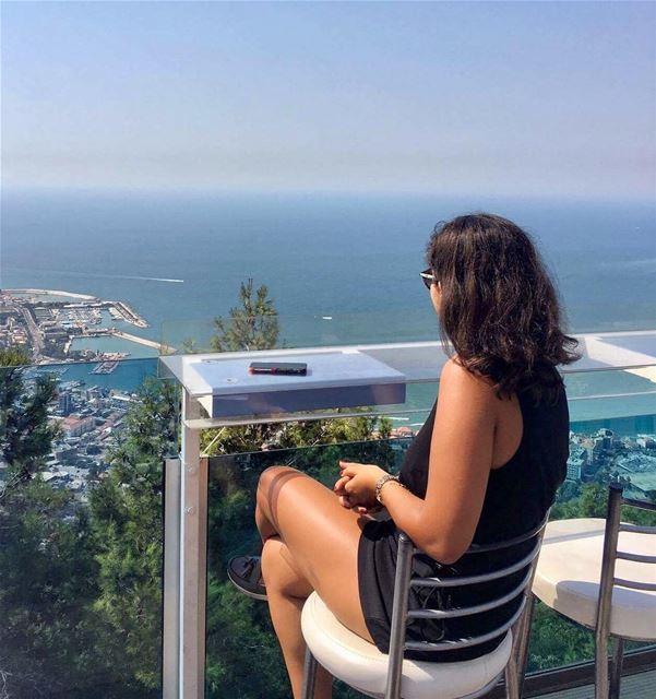شو في خلف البحر 🤔📸: @peterghanime mylebanon lebanon livelovejounieh... (The Terrace - Restaurant & Bar Lounge)