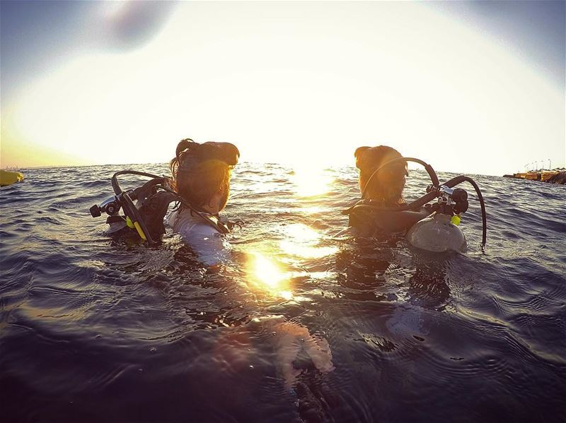 End of dive con el Cyntoush 🌅 sunset diving... (Tabarja)