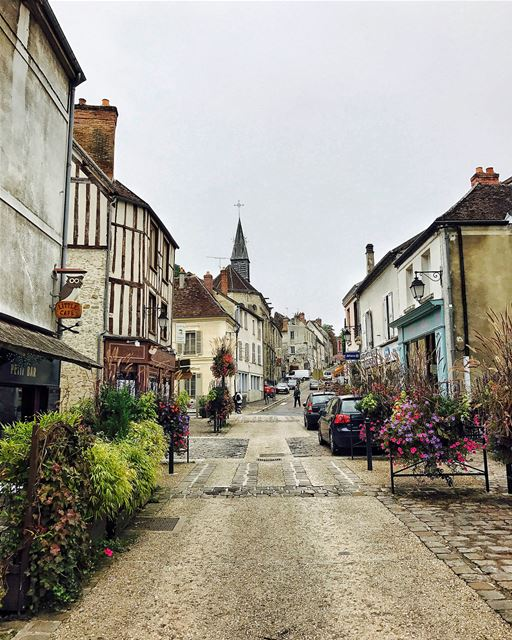 Provins, la Cité Médiévale.Located an hour and a half from Paris, and... (Provins, France)