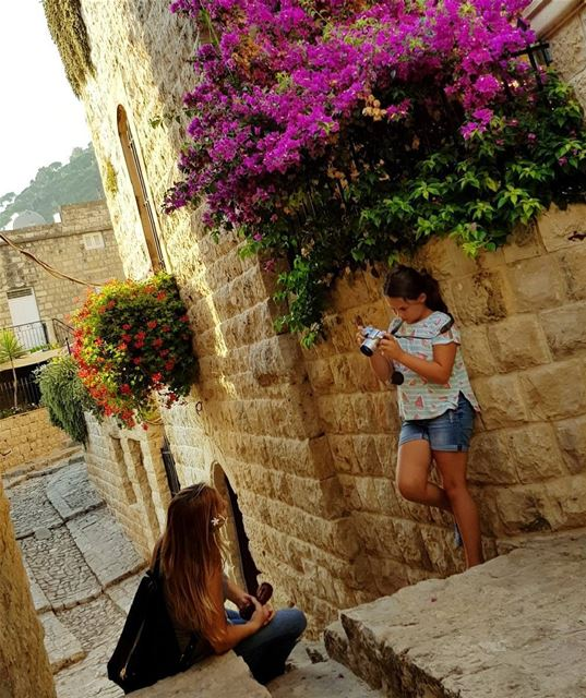 """""""When she decides to have it her way...💞💕"""" motherdaughter pictures ... (Dayr Al Qamar, Mont-Liban, Lebanon)"""
