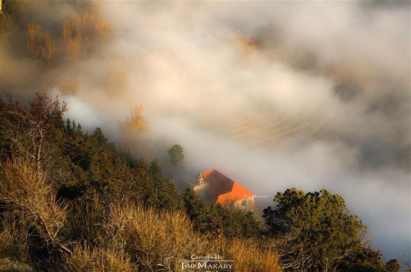 ehden church clouds fog livelovelebanon beautifullebanon ig_lebanon...