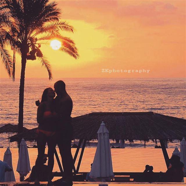 When love begins..it never varies 😊♥️ * ptk_lebanon livelovelebanon ... (Janna Sur Mer)